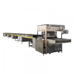China Small Chocolate Enrobing Coating Machine with Cooling Tunnel and Nut Spreader factory
